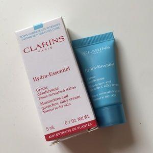 New 0.1 oz Clarins Hydra Essential hydrating cream